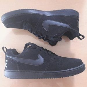 Nike Low men's basketball shoes, size 7.5